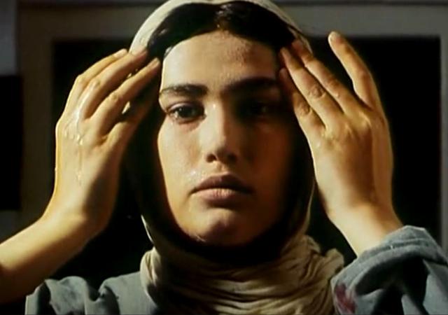 دانلود فیلم به من نگاه کن 1381 با لینک مستقیم رایگان فیلم سینمایی به من نگاه کن